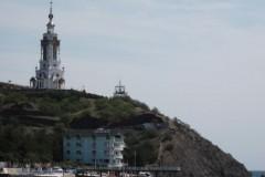 Крымскому храму-маяку угрожает оползень