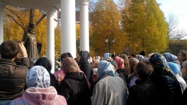 В Самаре открыли памятник митрополитам Мануилу и Иоанну