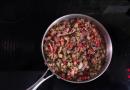 Греческая мусака с мясом за 30 минут – видеорецепт от Анны Людковской
