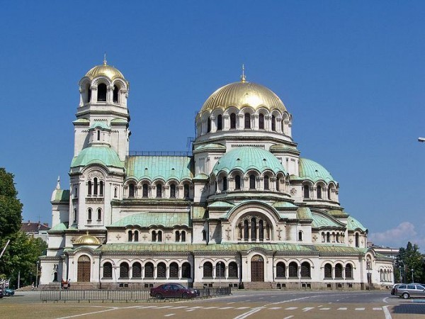 Собор святого Александра Невского в Софии перешел в собственность Болгарской Церкви