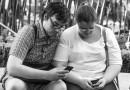 Фотограф сделал серию снимков о смерти человеческого общения