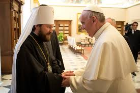 Митрополит Иларион и Папа Римский Франциск обсудили ситуацию на Украине и Ближнем Востоке