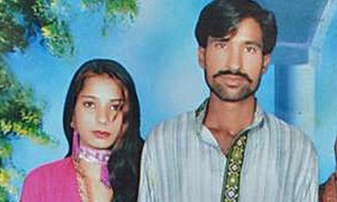 В Пакистане сожгли заживо супругов-христиан