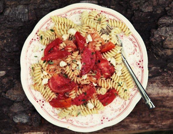 Паста с помидорами и голубым сыром. Видеорецепт от Анны Людковской