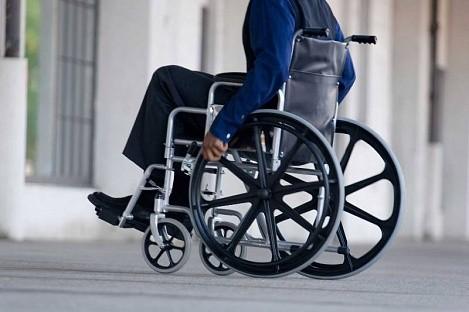 Правительство выделило регионам средства на протезы и коляски для инвалидов