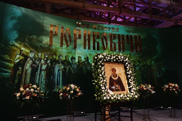 Фоторепортаж с открытия XIII выставки-форума «Православная Русь — к Дню народного единства» в Москве