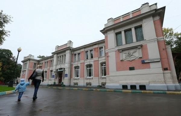 Морозовская детская больница ликвидировала большие очереди на оформление в стационар