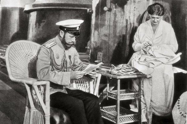 Николай II Александра Федоровна в часы досуга