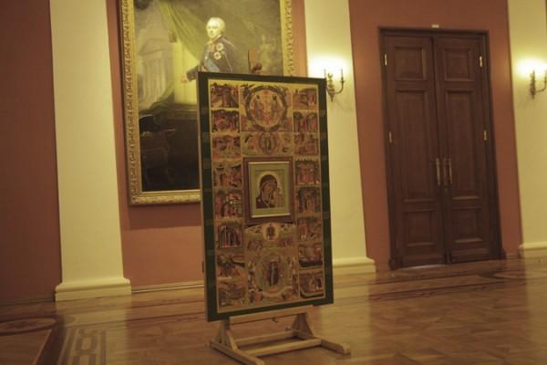 Казанскому женскому монастырю Ярославля передана старинная икона Божией Матери
