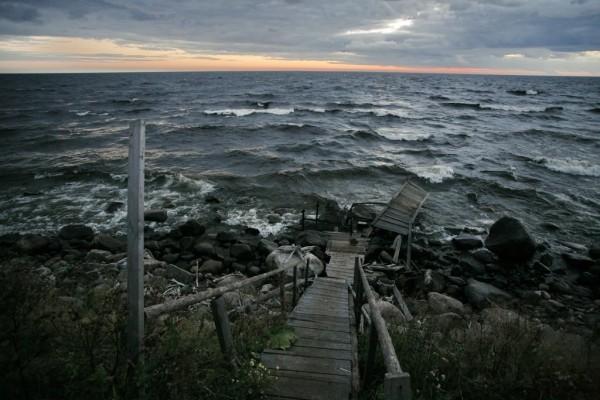 Житейское море (вид от Свято-Успенского Муромского монастыря на берегу Онежского озера)