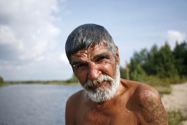 Некотоыре говорят, что после крещения в сознательном возрасте лицо меняется. Мне кажется, что просто немного подобрел и стал разговорчивее