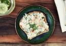 Сэндвич с намазкой из копченой горбуши. Видеорецепт от Анны Людковской