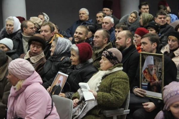 Жители Сум просят назвать улицу Борцов революции именем Митрополита Владимира