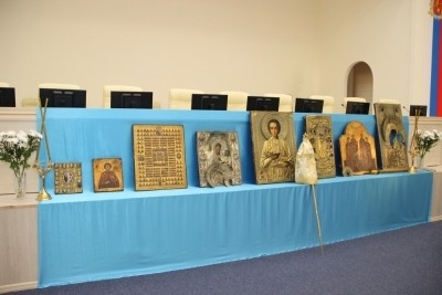 Владимирской митрополии вернули ранее похищенные иконы