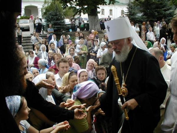 Верующие Сумской епархии просят назвать одну из улиц областного центра именем Блаженнейшего Митрополита Владимира