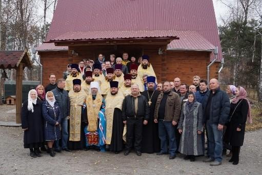 В зону боевых действий на востоке Украины отправилась группа священников Киевской епархии