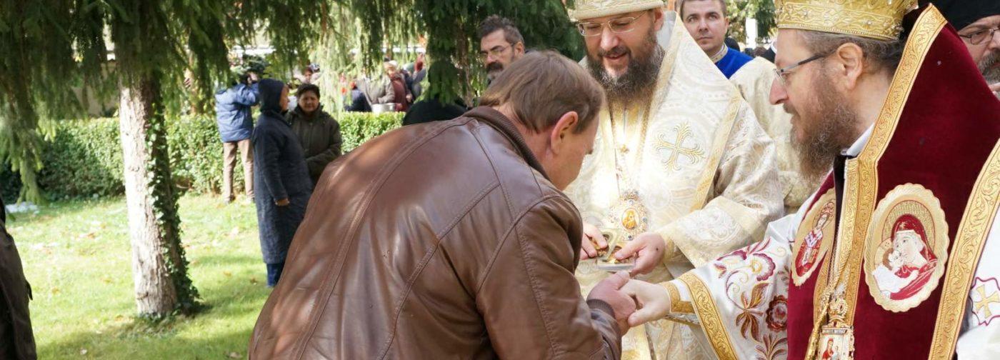 Митрополит Антоний (Паканич): Православные греки и болгары плачут, переживая за Украину