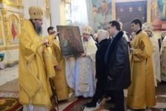 В храм Запорожской епархии спустя 80 лет была возвращена икона Божией Матери «Троеручица»