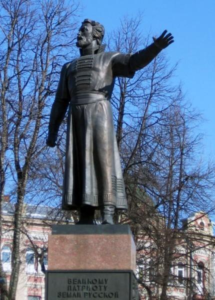 Памятник Минину в Нижнем Новгороде