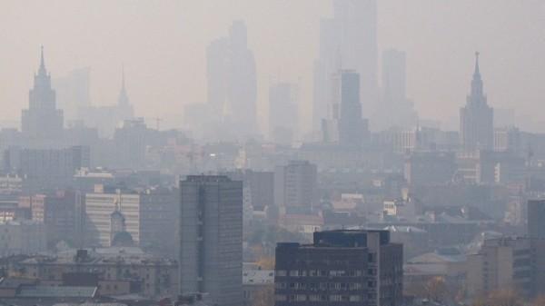 МЧС открыло круглосуточный телефон экстренной «горячей линии» в связи с запахом сероводорода в Москве