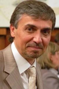 Проблема разрыва между онтологией и этикой в современных учениях о человеке