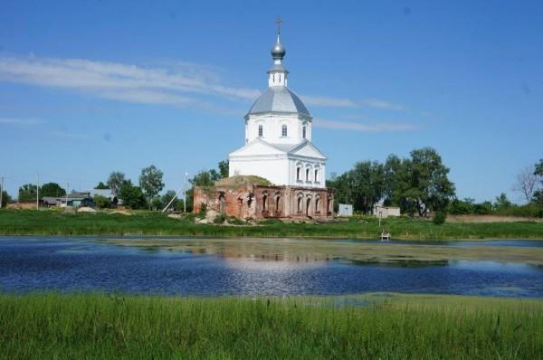 Под Суздалем восстанавливают храм, построенный Суворовым