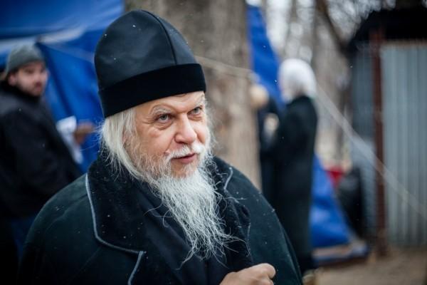 Епископ Орехово-Зуевский Пантелеимон на открытии «Ангара спасения» в Москве, 1 декабря