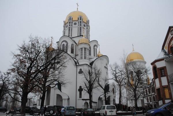 Ольгинский храм в Киеве, настоятелем которого является о.Всеволод Рыбчинский