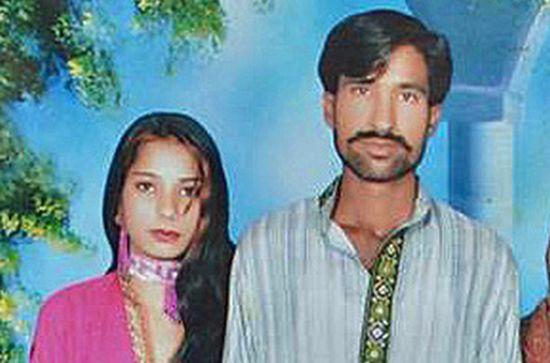 59 человек осуждены за сожжение семейной пары в Пакистане