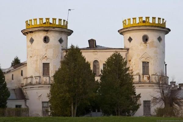 Дворец в Вишенках