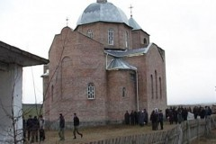 Милиция завела дело против раскольников, захвативших храмы в Ровенской области