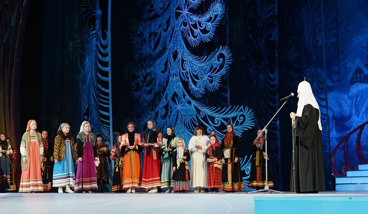 Посещение Рождественского праздника в Государственном Кремлевском дворце