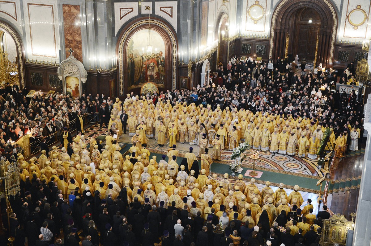 Божественная литургия в пятую годовщину интронизации Святейшего Патриарха Кирилла в кафедральном соборном Храме Христа Спасителя