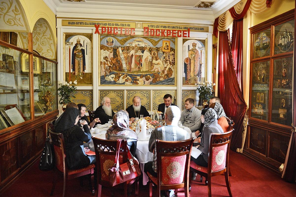 Патриарший визит в Волгоград. Беседа с родственниками сотрудников полиции и РЖД, погибших при попытке предотвращения теракта