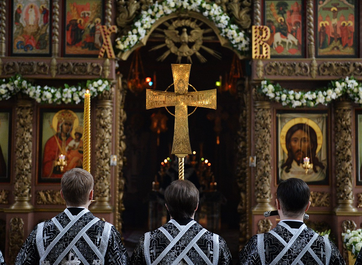 Патриаршее служение во вторник Страстной седмицы в Высоко-Петровском ставропигиальном монастыре