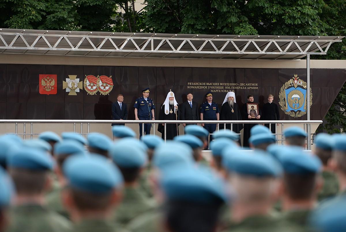 Патриарший визит в Рязанскую митрополию. Посещение Рязанского училища ВДВ