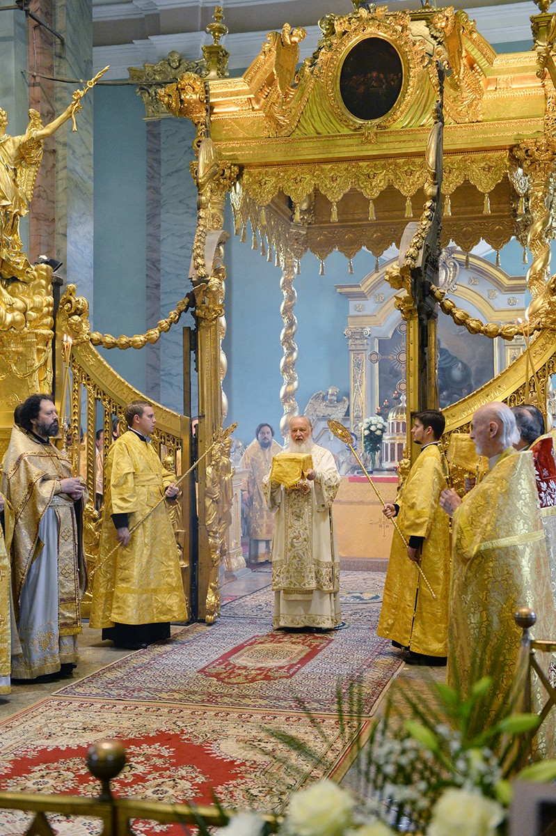 Патриаршее служение в Петропавловском соборе Санкт-Петербурга