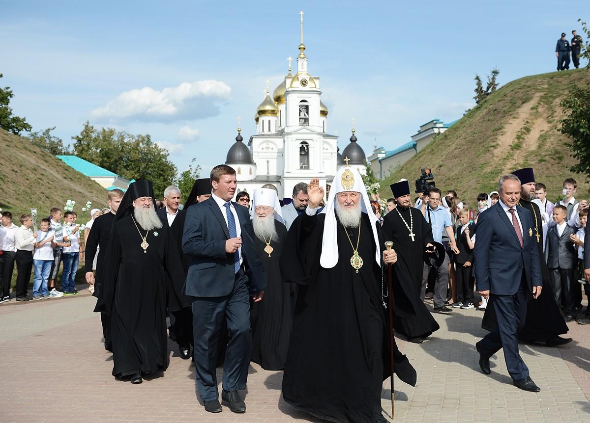 Посещение Святейшим Патриархом Кириллом Дмитровского благочиния Московской областной епархии