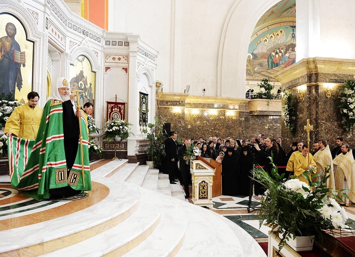 Патриарший визит в Калининградскую епархию. Литургия в кафедральном соборе Христа Спасителя в Калининграде