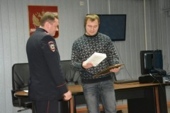 Житель Ханты-Мансийского АО обезвредил вооруженных преступников, напавших на продавщицу магазина