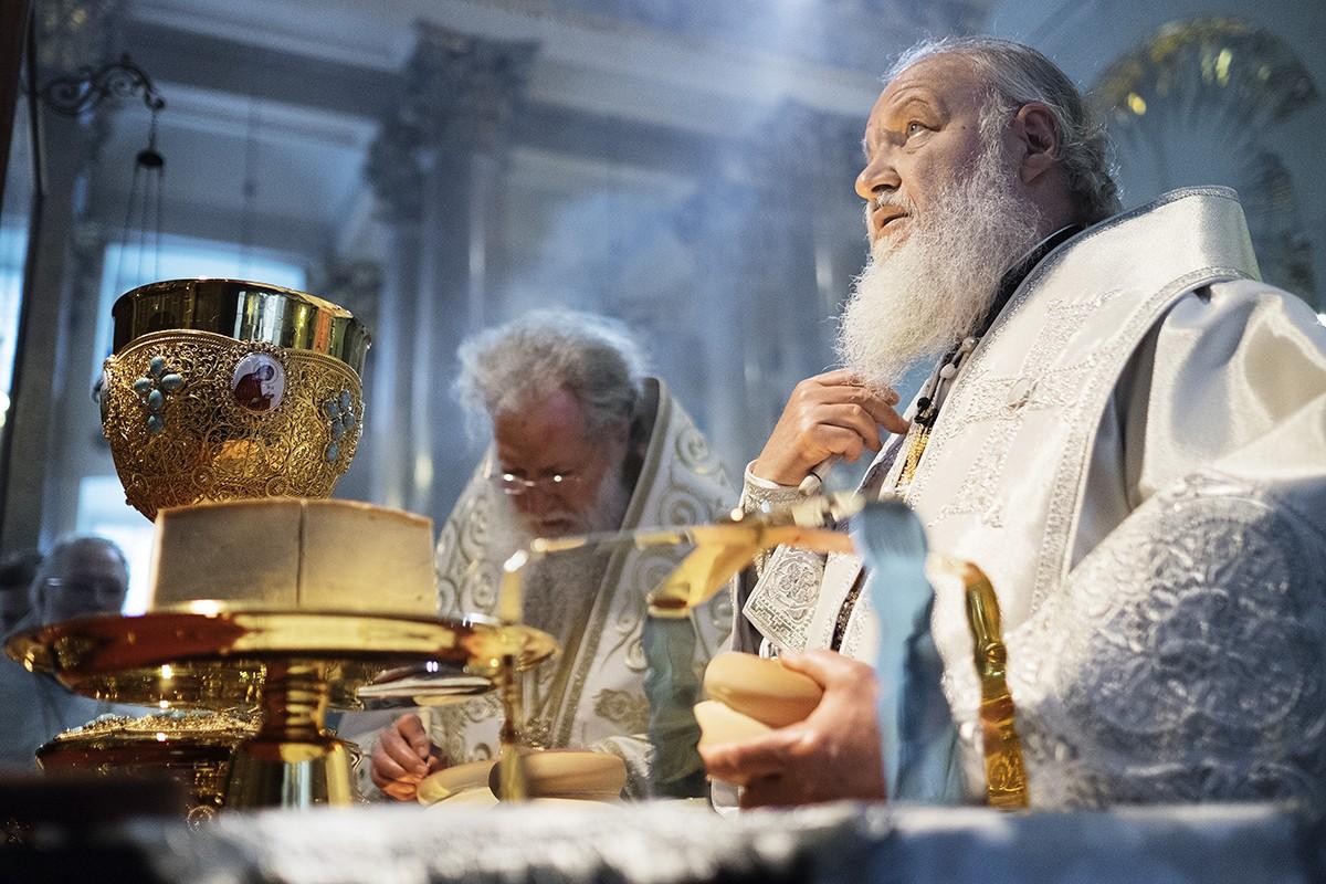 Патриарший визит в Санкт-Петербург. Служение Предстоятелей Русской и Болгарской Православных Церквей в праздник Вознесения Господня в Казанском соборе