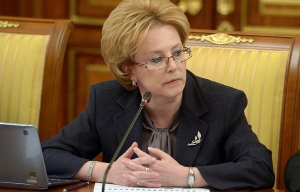 Скворцова поручила ужесточить наказание за нападение на врачей