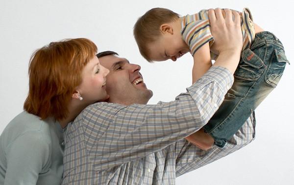 Патриаршая комиссия по вопросам семьи: Попытки изменить определения семьи и брака наносят особый ущерб детям