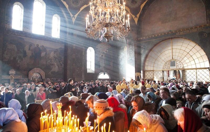 Можно ли сделать литургию общим делом?