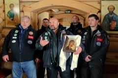 Дайверы из Казани передали полярникам Антарктиды Казанскую икону Божией Матери