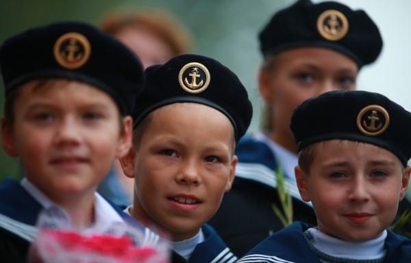 Президент Владимир Путин выступает за возвращение патриотического воспитания в школы