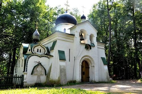 В Абрамцево после реставрации открылся храм, украшенный русскими художниками
