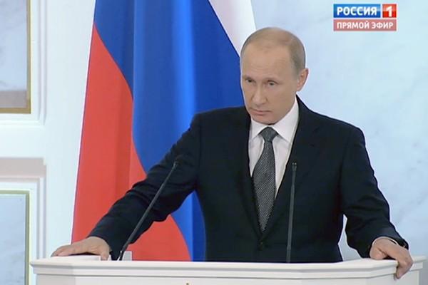 Владимир Путин предложил ввести президентские гранты для одаренных школьников