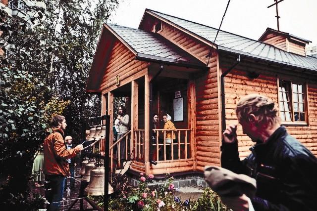 Игумен Никита (Зеленюк): Приходская жизнь не должна разрушать семью