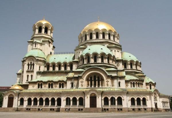 Болгарская Церковь не будет совершать крещения и венчания в соборе св. Александра Невского в Софии